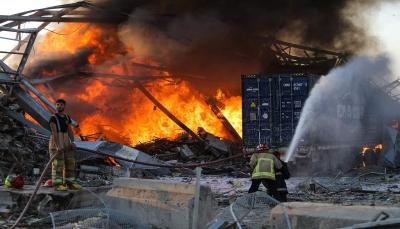 """إعلان بيروت """"مدينة منكوبة"""" وتكليف لجنة تحقيق بالانفجار وحصيلة الضحايا ترتفع إلى 78 قتيلا"""
