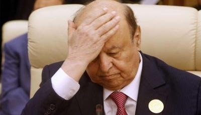 صحيفة: الرئيس هادي غادر الرياض هرباً من أزمة تشكيل الحكومة الجديدة
