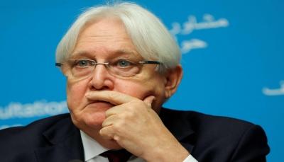 """الحكومة تندد بصمت """"غريفيث"""" عن جرائم الحوثيين"""