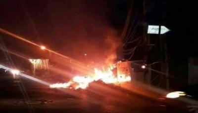 عدن: اشتباكات بين قوات تابعة للانتقالي مع حراسة قيادي في ألوية العمالقة بسبب خلافات