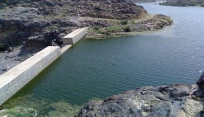 الضالع: وفاة 4 فتيات من أسرة واحدة غرقا في حاجز مائي بمديرية جحاف
