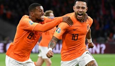 """موسم """"برشلونة"""" المقبل بنكهة هولنديةبمدرب ومهاجم ولاعب وسط"""