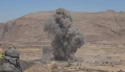 قتلى وجرحى من الحوثيين وتدمير آليات بنيران الجيش والتحالف شرقي صنعاء (فيديو)