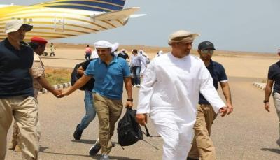 """""""تعليق العمل بالتأشيرات مثير للقلق"""".. وزير: الإمارات أدخلت أجانب من جنسيات مختلفة ومعدات متقدمة إلى سقطرى"""