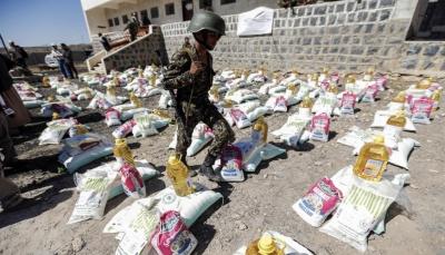 يريدون المساعدات لمسؤوليهم ومقاتيلهم.. رايتس ووتش: لدى الحوثيين سجل فظيع في منع الإغاثة باليمن