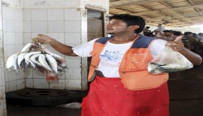 """وسط تحذيرات متصاعدة.. """"خزان صافر"""" يثير رعب الصيادين في اليمن"""