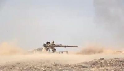 """قائد عسكري: محاولات الحوثيين التقدم نحو مأرب """"انتحارية"""" ولن تجني الا الهزيمة"""