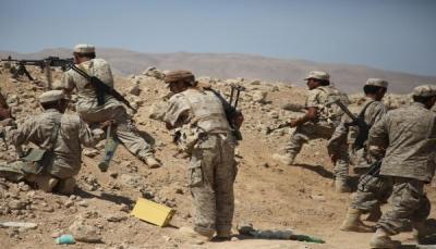 الجيش يعلن استعادة مواقع إستراتيجية ومصرع وإصابة عشرات الحوثيين غرب مأرب