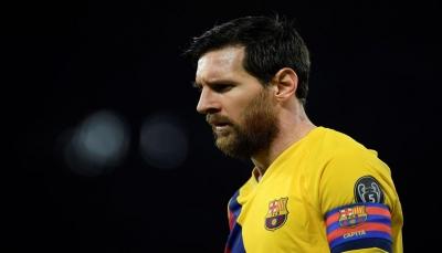 """بعد تخليهم عن """"سواريز"""".. ميسي يصعّد من لهجته ضد إدارة برشلونة"""