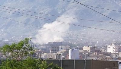 مليشيا الحوثي تشن قصفاً عنيفاً على الأحياء السكنية بمدينة تعز