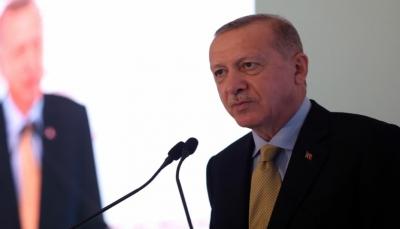 """""""وقاحة وقلة أدب"""".. أردوغان يهاجم الرئيس الفرنسي بعد حديثه عن """"إعادة هيكلة"""" الإسلام"""