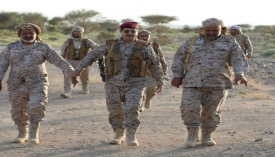 وزير الدفاع يدعو كل القوى إلى نبذ الخلافات ورص الصفوف ضد الحوثي