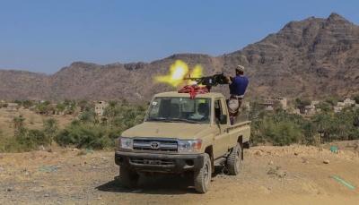 قوات الجيش تحبط هجوماً حوثياً بجبهة الأربعين شمالي مدينة تعز