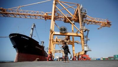 خلال 3 ايام.. الحوثيون يعلنون وصول ثاني سفينة نفط إلى ميناء الحديدة لكن الازمة مستمرة