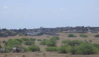 الحديدة: إصابة مدني بجروح خطيرة إثر قصف للحوثيين في التحيتا