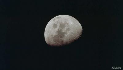 """""""ماء على سطح القمر"""".. ناسا تعلن عن اكتشاف مذهل"""