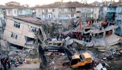 """زلزال جديد بقوة 5 درجات يضرب """"إزمير"""" التركية"""