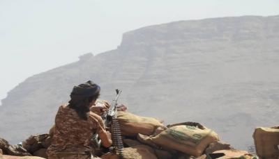 الجيش يهاجم مواقع الحوثيين بمخدرة مأرب ويخوض معارك عنيفة في الجوف وجبهة نهم