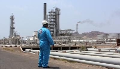 انخفض إنتاج الغاز إلى 3 مليار قدم مكعب من أصل 328.. كيف أثرت الحرب على قطاع الطاقة في اليمن؟