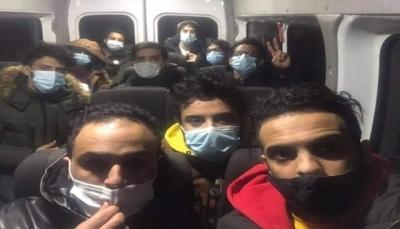 روسيا.. مخاوف من ترحيل طلاب يمنيين احتجزوا بأوامر السفير