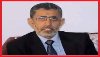 10 أشهر في سجون الحوثيين.. منظمة تكشف تدهور الحالة الصحية للدكتور حميد عقلان