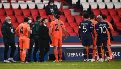 توقف مباراة باريس سان جيرمان وباشاكشهير بسبب العنصرية