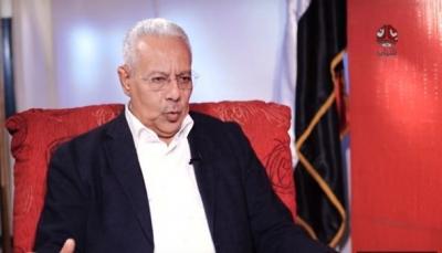 الحزب الناصري يدرس الانسحاب من الحكومة الجديدة ويعلن تحفظه على التشكيلة
