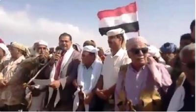 """قبائل أبين تدعو لإخراج مليشيات الانتقالي من """"زنجبار"""" واستكمال تنفيذ اتفاق الرياض"""