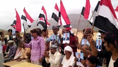 سقطرى: الأهالي يرفعون استحداثات عسكرية للانتقالي في قلنسية