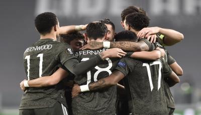 مانشستر يونايتد يهزم سوسييداد برباعية ويقترب من ثمن النهائي