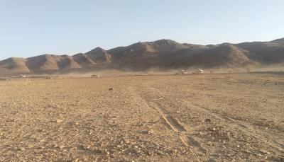 الحكومة تحذر من كارثة إنسانية جراء استهداف مليشيا الحوثي لمخيمات النازحين بمأرب