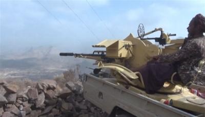 اندلاع معارك عنيفة بين القوات الحكومية ومليشيا الحوثي غربي الضالع