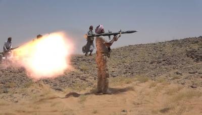 """الجيش يعلن إسقاط مسيرة """"مفخخة"""" بالجوف وتدمير ثلاث آليات للحوثيين غربي مأرب"""