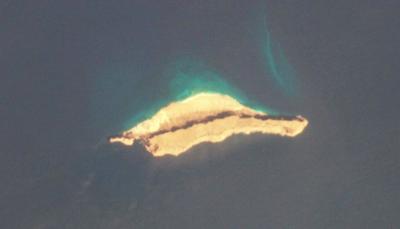 """سقطرى.. مساعٍ إماراتية لإقامة قاعدة عسكرية في جزيرة """"درسه"""""""