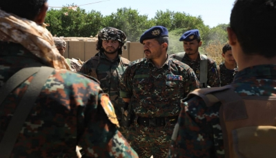 مأرب.. قائد القوات الخاصة يحث قواته على رفع الجاهزية وتعزيز الحس الأمني