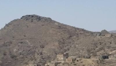 """مصدر عسكري لـ""""يمن شباب نت"""": الجيش يسيطر على جبل استراتيجي غربي تعز"""
