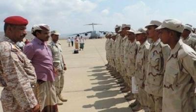 الإمارات تدفع بعشرات المجندين الجدد إلى سقطرى