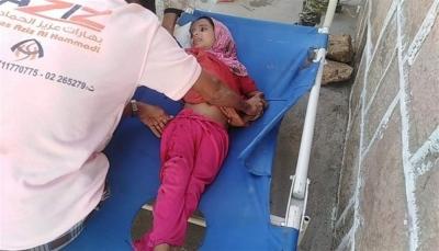 """إصابة طفلة في قصف لمليشيات الحوثي على مديرية """"مقبنة"""" غربي تعز"""