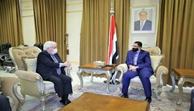 وزير الخارجية: رد الحوثيين على المبادرة السعودية بالتصعيد دليل على ارتهانهم لإيران