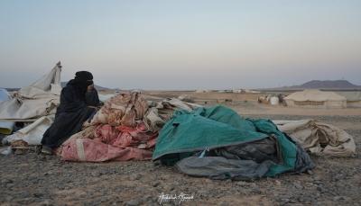 """الوحدة التنفيذية: نزوح نحو 4 آلاف جراء قصف الحوثيين للمخيمات بـ""""مأرب"""""""