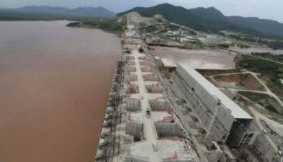 """السيسي يحذر مجددا من المساس بمياه النيل وإثيوبيا """"ماضية"""" في عملية ملء سد النهضة"""
