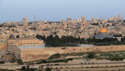 مستوطنون يستولون على 3 بنايات وقطعة أرض جنوب المسجد الأقصى