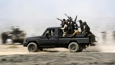 الوضع مرشح للانفجار.. تصاعد حدة التوتر بين قوات الجيش والانتقالي في أبين