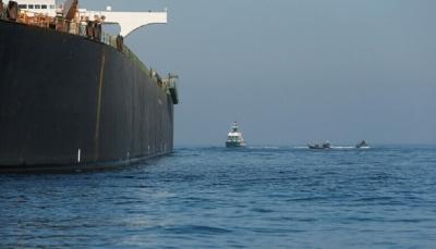 بعد أيام من تفجير منشأة نطنز الايرانية.. سفينة إسرائيلية تتعرض لهجوم قرب سواحل الإمارات