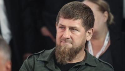 فيديو للرئيس الشيشاني قديروف يصارع أحد أبطال فنون القتال المختلطة
