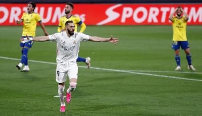 ريال مدريد يرتقي لصدارة الدوري الإسباني مؤقتا