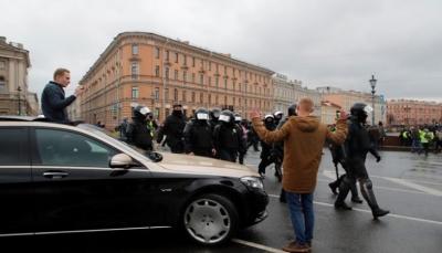 """روسيا.. قوات الأمن تعتقل أكثر من 1000 متظاهر في احتجاجات تأييد لـ""""نافالني"""""""