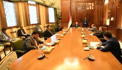 الرئيس هادي يترأس اجتماعا لقيادات الدولة العليا