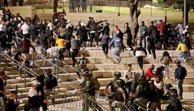 مواجهات ومسيرات بالقدس والضفة الغربية رداً على اعتداءات الاحتلال والمستوطنين