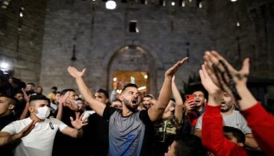 بعد 12 يوما من المواجهات.. قوات الاحتلال تنسحب من باب العامود بالقدس وفلسطينيون يحتفلون